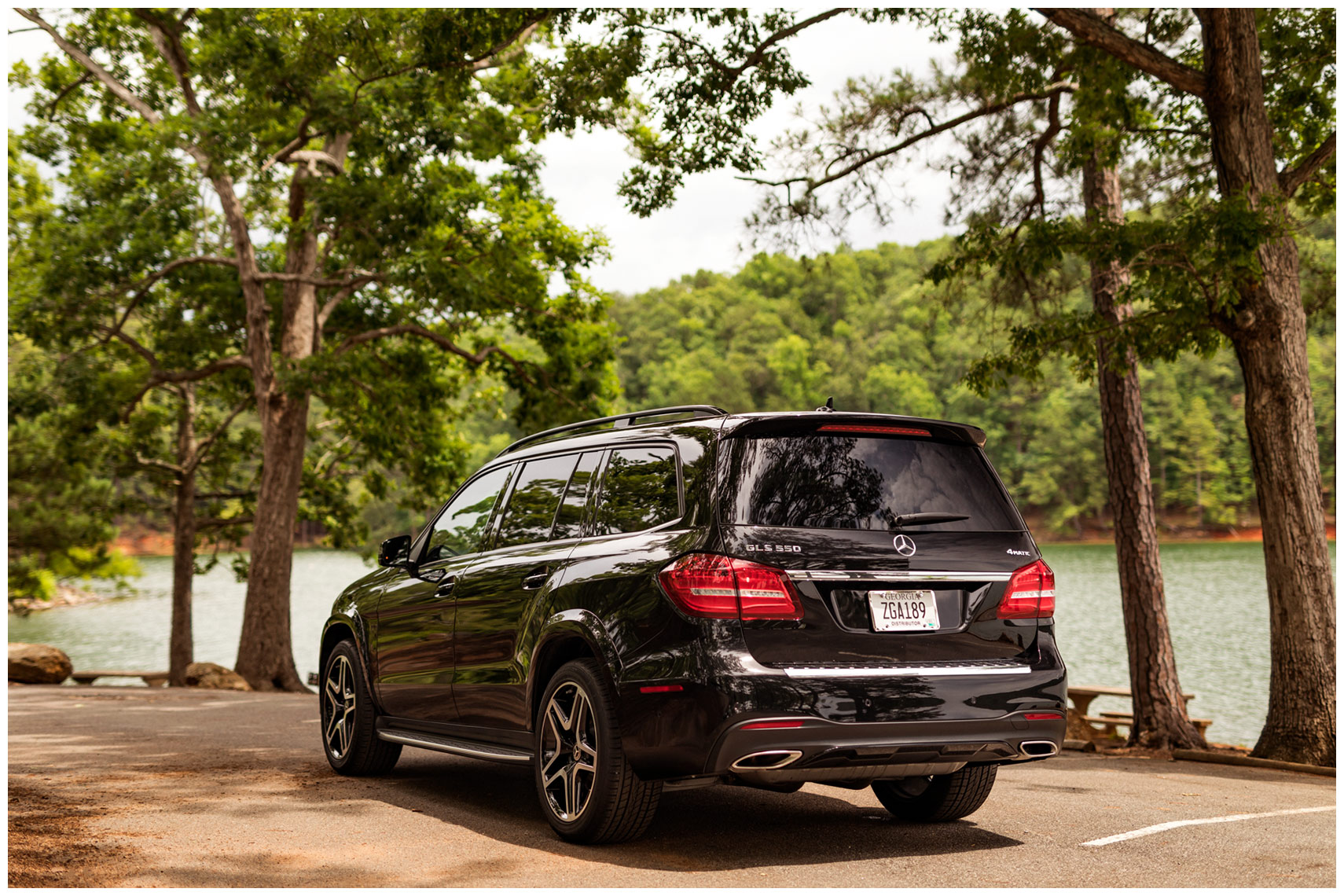 rear 3/4 view of the mercedes-benz gls 550 at red top mountain state park