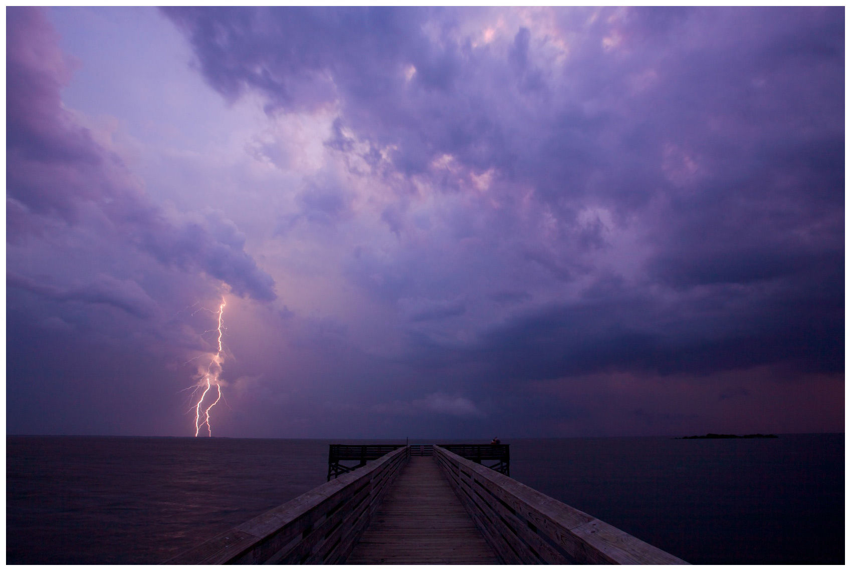 Lightning off Crystal River, Florida
